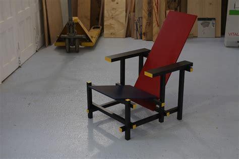 la chaise de rietveld la chaise et bleue de rietveld