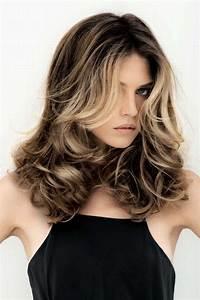 Coupe Mi Long Blond : coupe de cheveux mi long avec meche blonde ~ Melissatoandfro.com Idées de Décoration