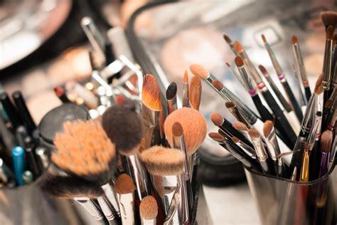makeup tools     frends beauty blog