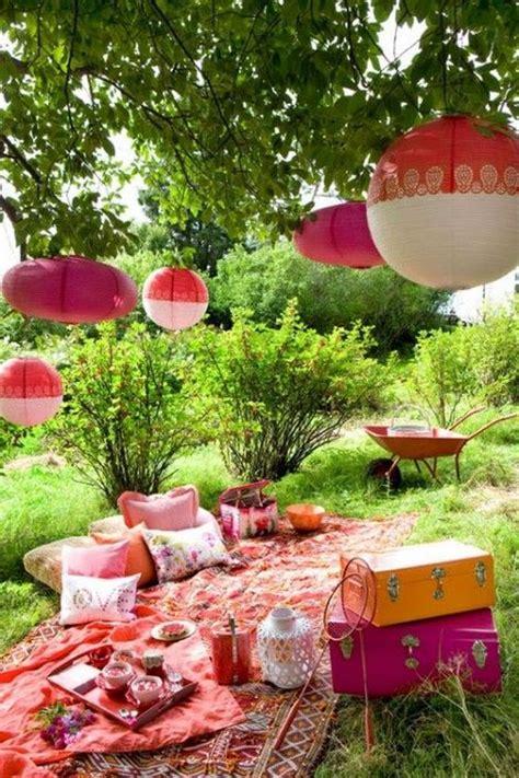 romantic outdoor picnic wedding ideas garden picnic