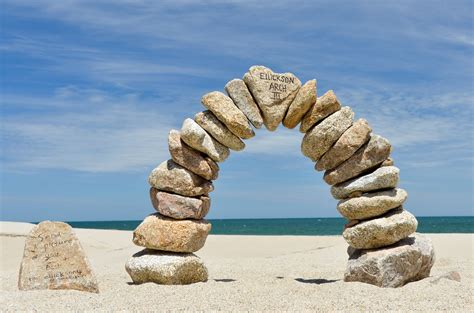 Stone arch | A great little sculpture at Scotts Beach ...