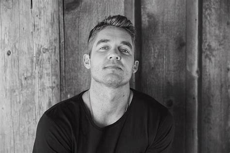 Whiskey Riff Exclusive Brett Young Talks Debut Album