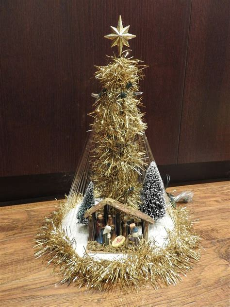 fishing line christmas tree 17 best images about crafts trees on trees natal and 3d paper