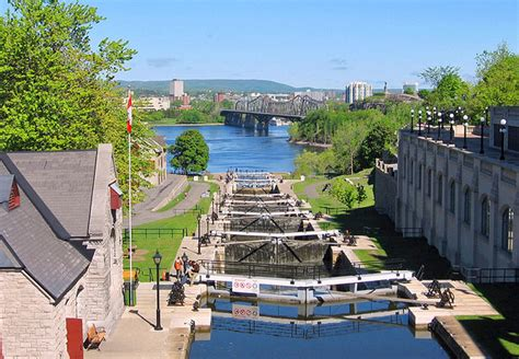 exploring the historic rideau canal a visitor s guide