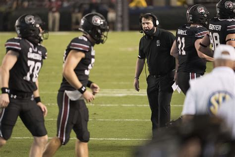 South Carolina looking to contain Pitts, slow No. 3 ...