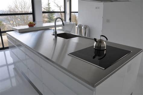 plaque inox brosse pour cuisine maison design bahbe