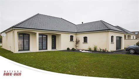 maison traditionnelle avec plan en l