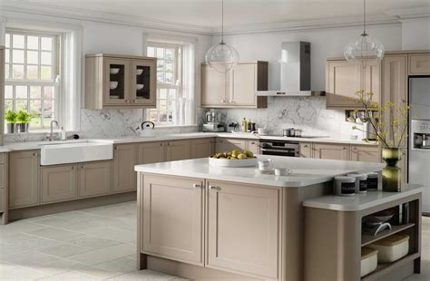 modern wooden kitchen cabinets the kitchen decoration and the kitchen cabinet doors 7795