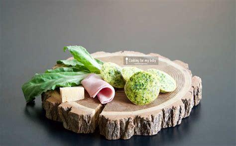 cuisiner blettes feuilles recette de petits flans aux blettes jambon et parmesan