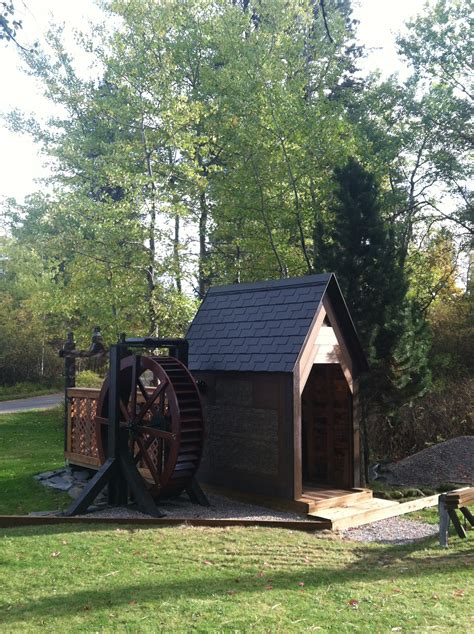 water wheel pictures  diy water wheels built