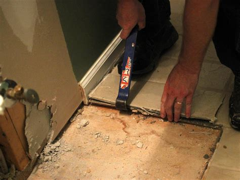 How To Remove A Tile Floor  Howtos Diy