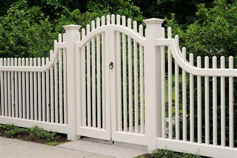 gates and fencing designs pvc fencing contractors in fort myers fl