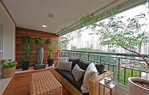Balkon gestalten balkonmobel und balkonpflanzen kombis for Markise balkon mit loft style tapete