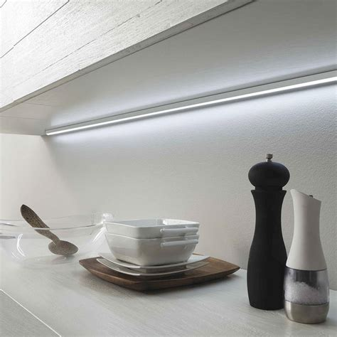 Illuminazione Per Mobili Scegliere Led Per Mobili Da Cucina A Mestre Venezia