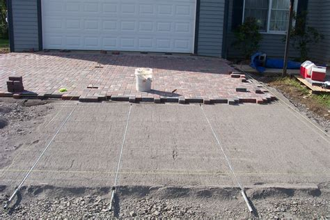 installing patio pavers driveway pavers diy do it your self