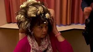 Mousse Expansive Isolante : quand une femme confond mousse cheveux et mousse ~ Edinachiropracticcenter.com Idées de Décoration