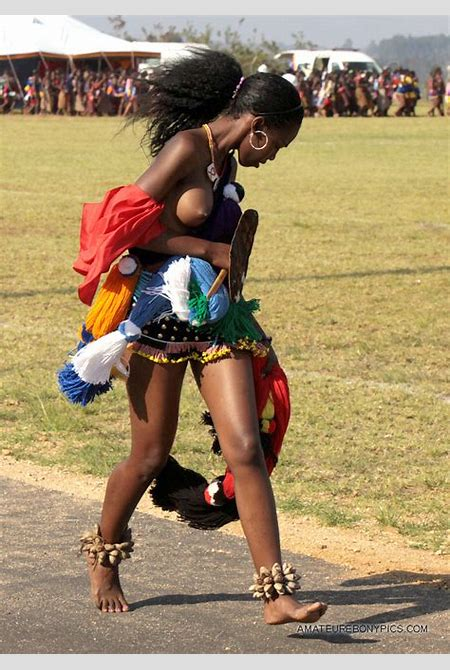 Naked tribe women, black african women topless. Picture #1