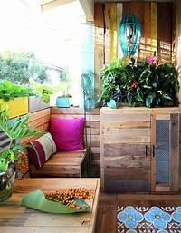 perfect tropical patio decor ideas Renter-Friendly Patio Makeover - Tropical Patio Decor