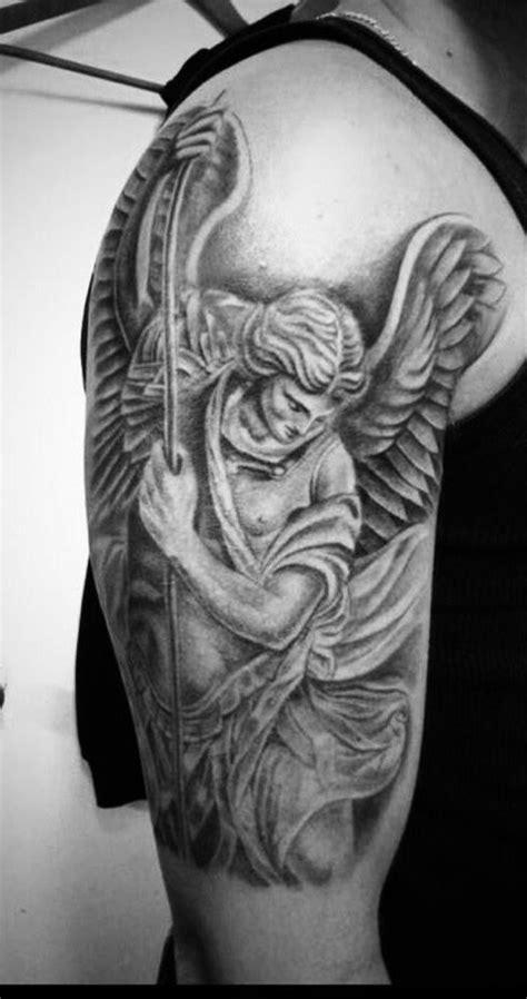 Pin de Megan Barnett em Tatuajes   Tatuagem maori braço