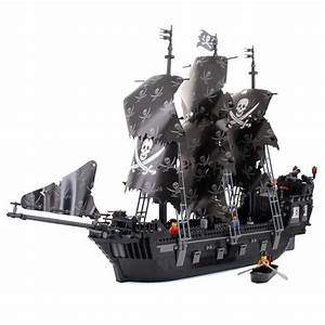 Black Pearl Pirate Ship - Lego Compatible Toy - LEGO