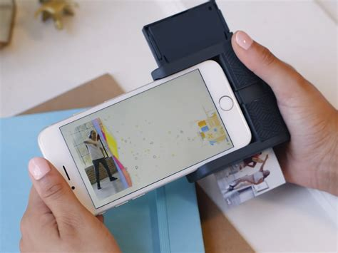 polaroid for iphone this is a printer that turns your iphone into a