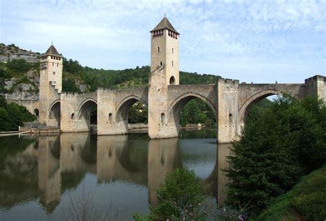 le bureau cahors file cahors pont valentré 03 jpg wikimedia commons