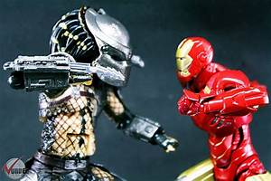 The gallery for --> Predator Vs Iron Man