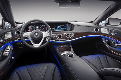 mercedes maybach  class arrives  style