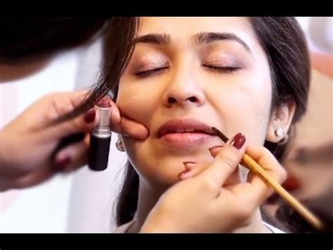 How To Apply Make Up In Hindi You