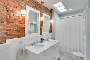 Mur briques dans la salle de bain 25 idees inspirantes for Salle de bain design avec mur de cadres photos décoration
