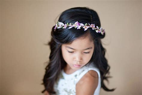 Wedding Accessories For Girls : 16 Flower Girl Hair Accessories...they're Just Too Cute