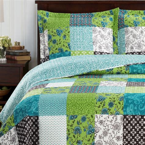 King Size Coverlets And Quilts king size rebekah oversized coverlet 3 pc set luxury