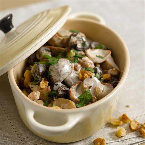 cuisine cepes fricassée d 39 escargots aux cèpes facile recette sur