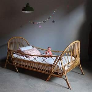 Lit Enfant Rotin : 17 best images about cane rattan and wicker beds on pinterest peacocks cute pillows and bedhead ~ Teatrodelosmanantiales.com Idées de Décoration