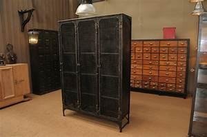 Armoire Vestiaire Metal : le grenier roubaix france stock armoire vestiaire ~ Edinachiropracticcenter.com Idées de Décoration