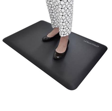 stand up desk floor mat ergotron workfit floor mat seated