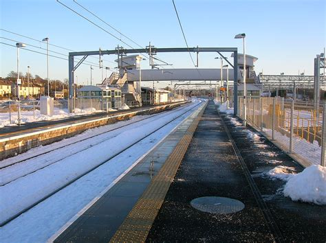 bathgate railway station wikipedia