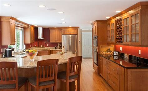 top kitchen cabinets best 25 cherry wood cabinets ideas on cherry 2859
