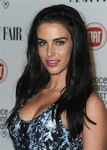 Jessica Lowndes is the hot star of 90210