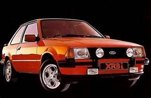Ford Escort Xr3i : hot ford escorts a sprint through history cult classics ~ Melissatoandfro.com Idées de Décoration