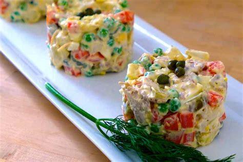 la cuisine d olivier salade olivier recette traditionnelle russe 196 flavors