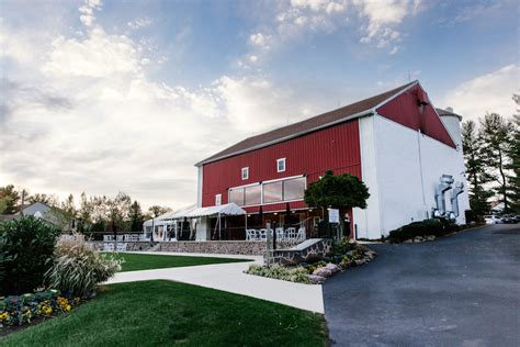 Barns To Get Married In Pa by 7 Gorgeous Barn Wedding Venues In The Philadelphia Area