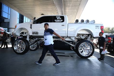 SEMA auto equipment show draws thousands to Las Vegas ...