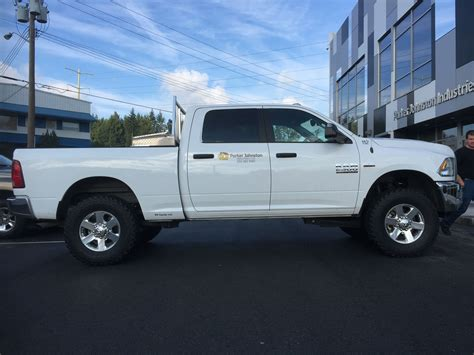 2014 Dodge 2500 Leveling Kit by 2016 Ram 2500 With 2 Quot Front Leveling Kit Leveling Kits