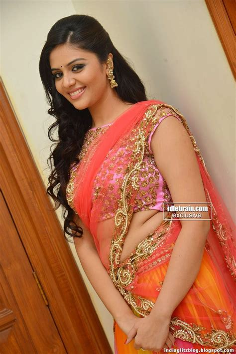 srimukhi  hot clavage  transparent saree spicy pic