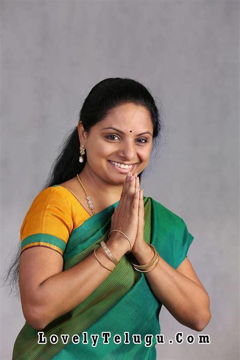 actress kavitha daughter kcr daughter kavitha unseen family photos lovely telugu