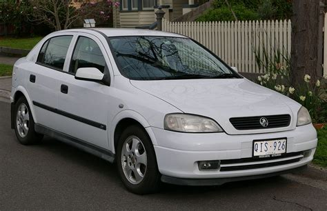 2004 Holden Astra Cdxi 5door Holden Pinterest