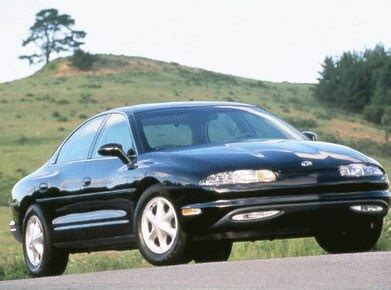blue book value for used cars 1999 oldsmobile cutlass windshield wipe control 1999 oldsmobile aurora pricing ratings expert review kelley blue book