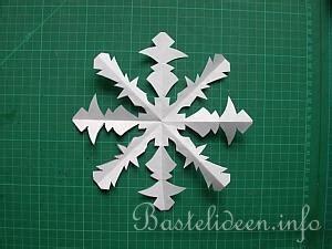schneeflocken basteln papier anleitung papier schneeflocken basteln
