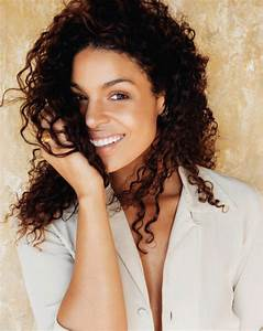 Jordin Sparks weight, height and age. We know it all!